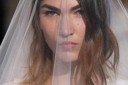 Il-nuovo-velo-da-sposa-2012-1.jpg